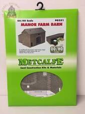 Metcalfe PO251  Manor Farm Barn & Tractor Shed - OO Gauge