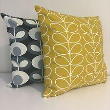 Lot de deux Handmade 18 in (environ 45.72 cm) housses de coussin fabriqué à partir de Orla Kiely Tissu deux pour £ 28!