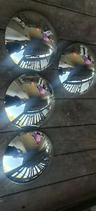 Bug super beetle karman ghia type 3 moon hubcaps 68 69 70 71 72 73 Empi 914