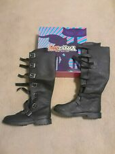 FUNTASMA HALLOWEEN GOTH110/BPU Men's Black Buckle Strap Costume Boots, SIZE M