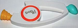 Bop It! Electronic Handheld Hasbro Game Twist It Pull IT 2018 Works Great Game
