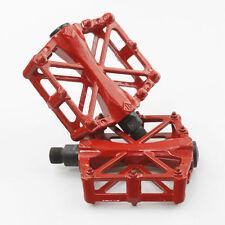 Pedali rosso per biciclette BMX