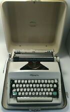 Vintage (1966) Olympia Deluxe SM-8 Manual Typewriter & Original Case - EXCELLENT