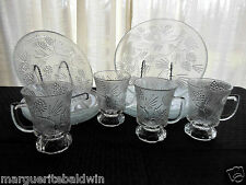 "Tiara Indiana Glass Clear Ponderosa Pine 10"" & 8 ""Plates, 9 oz Cups 12 Piece Set"