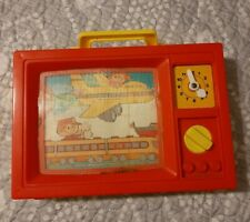 Vintage 1979 Blue-Box Wind Up Moving Screen TV clock baby Toy boat plays music