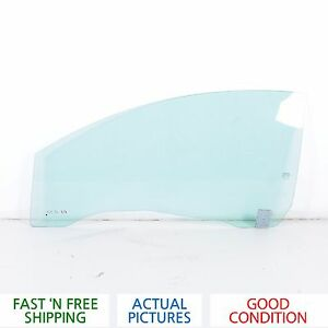 2006 - 2010 VOLVO C70 FRONT LEFT DRIVER SIDE WINDOW GLASS - OEM