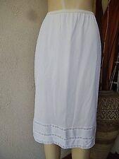 Vintage Womens  Full Length Nylon White Half Slip Size  28 M ? tag missing