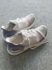 Adidas ultra boost trainers Womens size 6.5 hardly worn running shoe