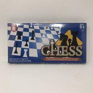 Beginners Chess Set - Lightweight Folding Cardboard Chess Board
