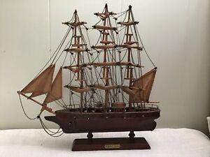 Vintage Wooden Model Cutty Sark Clipper Ship Home Decor 15 x15 Pirate Ship