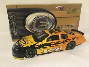 1/24 2006 Jeff Gordon #24 Dupont Track Tested Elite