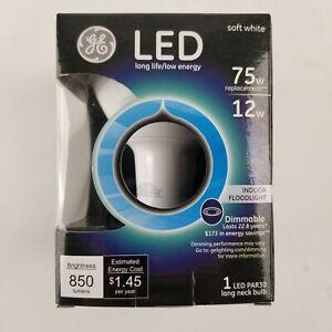 GE 75w Soft White Dimmable Indoor Floodlight  PAR30 Long Neck Bulb 89989