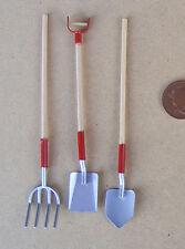 1:12 SCALA 3 rosso Attrezzi da Giardino Vanga Pala & Forchetta Casa delle Bambole Accessorio Giardino