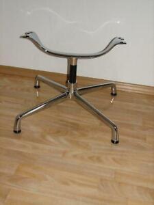 Vitra Alu Chair Untergestell drehbar in Chrom Designer Charles und Ray Eames
