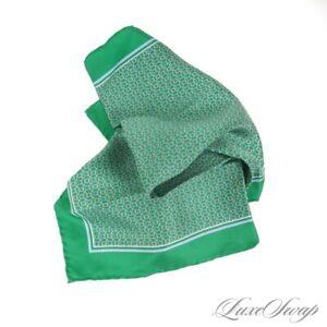 NWOT Salvatore Ferragamo 100% Silk Cordino Emerald Green Gancini Pocket Square