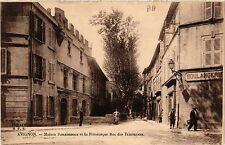 CPA  Avignon - Maison Renaissance et la Pittoresque Rue des Teinturiers (511426)
