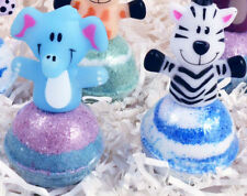 KIDS Double Tub Fun 2-Bath Bombs 2-Zoo Animal Finger Puppets for Bath Play Time