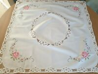 "Vintage White square tablecloth - 100% Cotton 36''x 36"" red roses Lace"