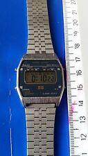 Montre vintage JAZ PM 7218  Quartz LCD DIGITAL