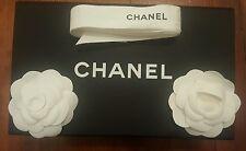 Authentique petite   boite  Chanel vide  25cm/15 cm/10,5 cm