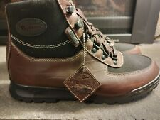 VASQUE 8107 GTX GORE-TEX HIKING BOOTS - SIZE 8.5 M NEW WITHOUT BOX