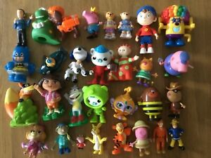 Peppa Pig, bananas, octonauts, wiggles, Noddy, paw Patrol ~ 30 figures bundle