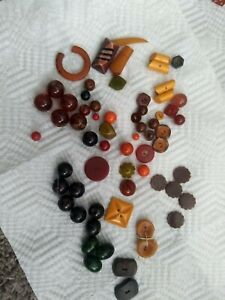 Bakelite Beads And Buttons Vintage Lot