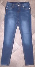 """Almost Famous Skinny Jeans 7 Indigo Rinsed Navy Blue 8"""" Rise 31"""" Inseam Vgc"""