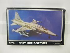 Classic 1980 Starfix 1/72 1970's USAF Northrop F-5E Tiger Fighter Model Kit
