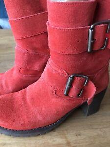 Neu Mtng rote Wildleder Stiefelette Boots  mit Schnallen Gr. 37
