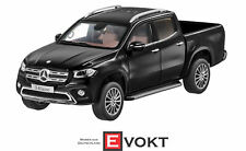 "Norev B66006629 - Mercedes-Benz X-Class built in 2017 in ""kabaraschwarz"" 1:18"