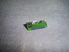 547B Pins André Bosloup Mécanique Générale Machine Outil  Pin's 2,5 X 1 CM