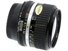 Nikon AI Nikkor 24mm. f2,8 utilizzabile su digitali. Garanzia 12 mesi. 24/2,8