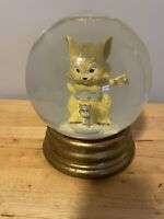 """Vintage Double MUSIC BOX Snow Globe Cat And Mouse 6"""" Diameter 8"""" Tall"""