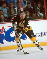 RAY BOURQUE BOSTON BRUINS UNSIGNED 8x10 Photo (B)