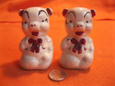 Vintage Sitting Talking Pig Salt and Pepper Shakers American Bisque           72