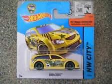 Coches de carreras de automodelismo y aeromodelismo Hot Wheels color principal amarillo