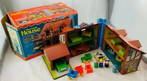 1980 Fisher Price Family Play House Loaded with Box in Great Condition FREE SHIP