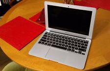 MacBook Air 2015 11-Inch 1.6GHz Core i5 4 GB 256 GB condizione molto buona