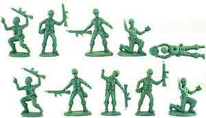 Atlantic WWII Infantry Grenadiers - # 2113 - no box - 60mm unpainted plastic