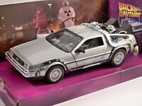 DELOREAN Time Machine BTTF 1 Back To The Future 1/24 scale model by WELLY