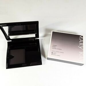 NIB Mary Kay Blank Refillable Magnetic Compact Black Cosmetic Case Make Up