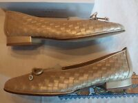 Stuart Weitzman Pearl Weave Bow Ballet Flats Size 7.5 Made In Spain