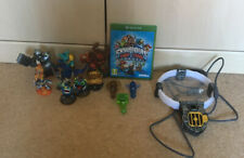 Skylanders Trap Team Xbox One Bundle - Game, console, 3 traps & 8 figures