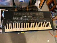 Yamaha Portatone PSR-510 electronic 61 Key Keyboard Comes With Power Cord Works