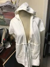 New York and company Comfort zone WHITE HOODED SLEEVELESS JACKET SIZE XL