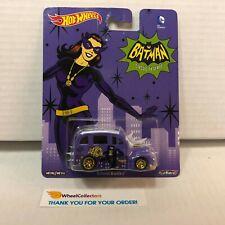 School Busted Cat Woman * Hot Wheels Pop Culture Batman * WC16