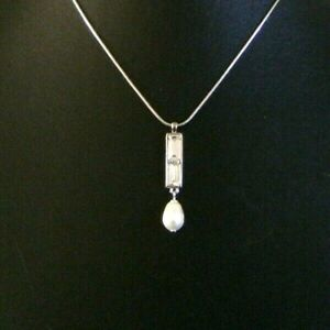 SIGNED M&S 'AUTOGRAPH' PENDANT SWAROSKI CRYSTAL ELEMENT & PEARL - EXCELLENT