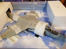 Merit 60027 AV-8B Harrier II USMC VMA-211 Wake Island Fertigmodell Plastik 1:18