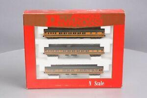 Rivarossi 0536 N Scale Great Northern Empire Builder 3 Car Passenger Set/Box
